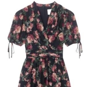 Gal Meets Glam Navy Blue Floral Ashlynn Casual Max